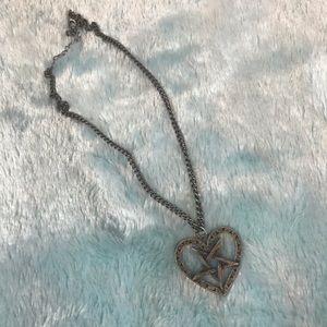 🖤 pentagram heart necklace 🖤